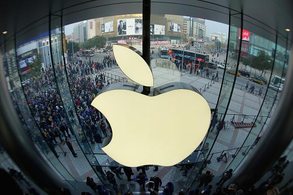 Apple Computers「Apple's Biggest Flagship Store In Asia Opens In Beijing」:写真・画像(8)[壁紙.com]