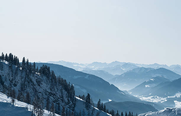 Wonderful winter landscape of the Austrian Alps:スマホ壁紙(壁紙.com)
