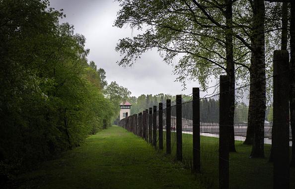 Dachau「70th Anniversary Of The Liberation Of The Dachau Concentration Camp」:写真・画像(17)[壁紙.com]