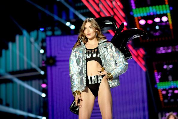 Incidental People「2017 Victoria's Secret Fashion Show In Shanghai - Show」:写真・画像(19)[壁紙.com]