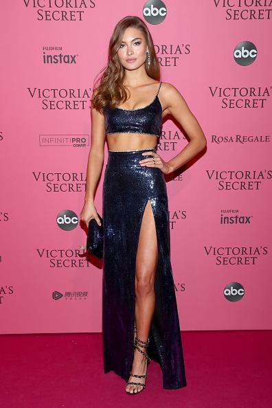 フロアレングス「2018 Victoria's Secret Fashion Show in New York - After Party Arrivals」:写真・画像(11)[壁紙.com]
