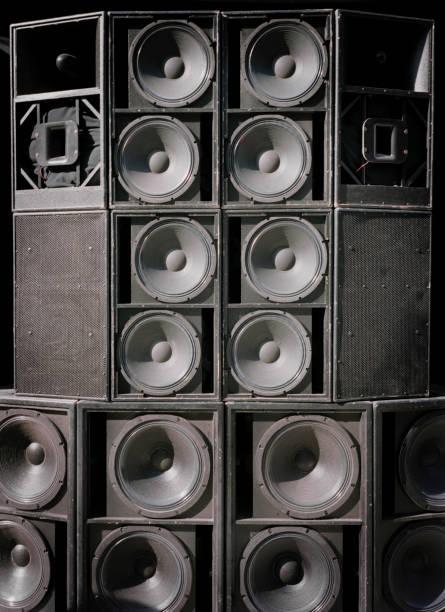 Many Loudspeakers:スマホ壁紙(壁紙.com)