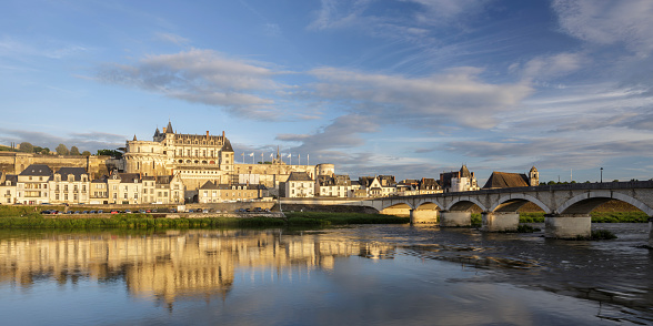 Loire Valley「The Royal Chateau d'Amboise in the Loire Valley, France.」:スマホ壁紙(5)