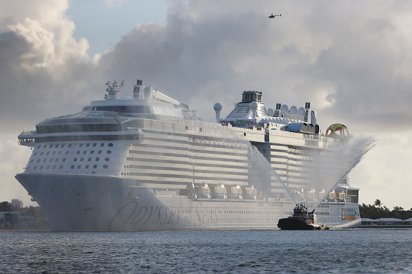 Royalty「Port Everglades Welcomes Royal Caribbean Odyssey Of The Seas Ship, As The Florida Cruise Industry Slowly Restarts」:写真・画像(13)[壁紙.com]