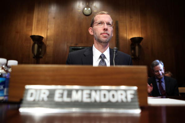 Alex Wong「CBO Director Elmendorf Testifies On The Economic And Fiscal Policy Outlook」:写真・画像(11)[壁紙.com]