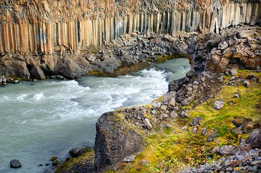 Basalt「Aldeyjarfoss Waterfall」:スマホ壁紙(18)