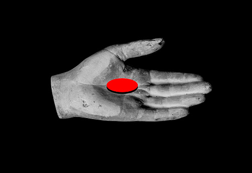 Receiving「a black and white plaster hand with red object,」:スマホ壁紙(5)