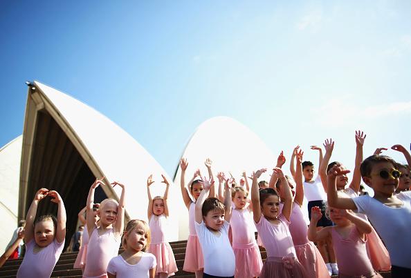 シドニー「Tiny Ballerinas Create Outdoor 'Ballet Class'」:写真・画像(0)[壁紙.com]