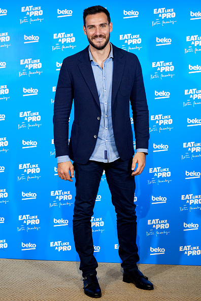 Saul Alvarez「'Eat Like A Pro Con Martin Berasategui' Presentation In Madrid」:写真・画像(7)[壁紙.com]