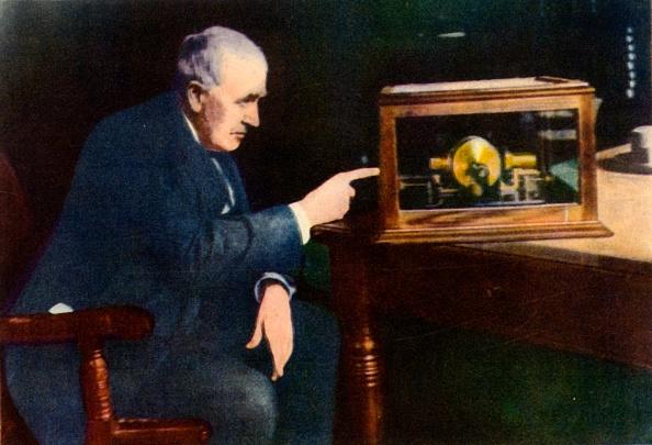 Light Bulb「Thomas Alva Edison」:写真・画像(10)[壁紙.com]