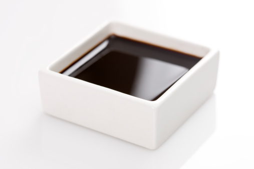 Soy Sauce「A square container of soy sauce」:スマホ壁紙(7)