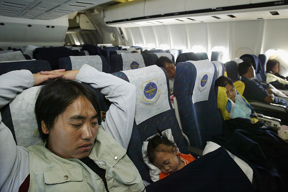 Passenger「Hmong Migrants Sample Long Haul Life En Route For New Life」:写真・画像(5)[壁紙.com]
