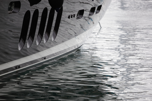 Porthole「Large Superyacht hull」:スマホ壁紙(6)