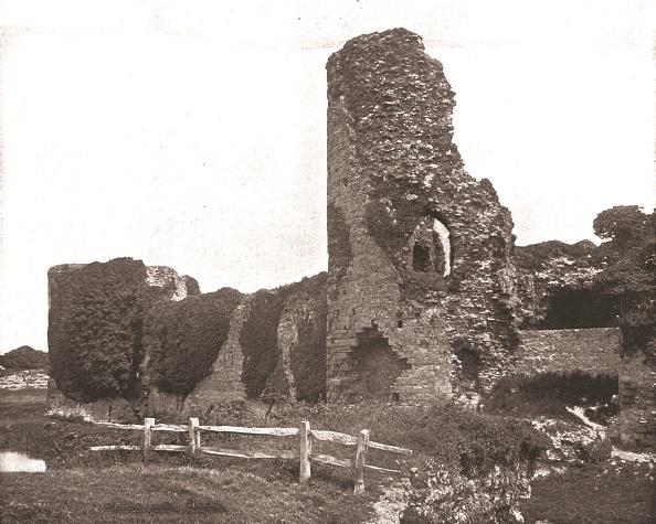 Earl King「Pevensey Castle」:写真・画像(1)[壁紙.com]