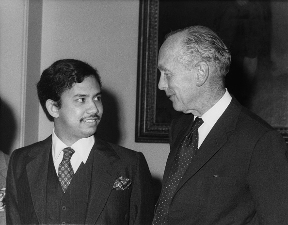Woolnough「Douglas-Home And Hassanal Bolkiah」:写真・画像(15)[壁紙.com]