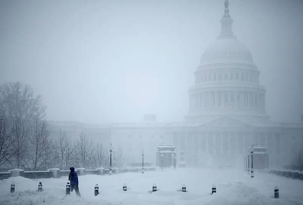 Second Snowstorm Slams Into Washington DC:ニュース(壁紙.com)