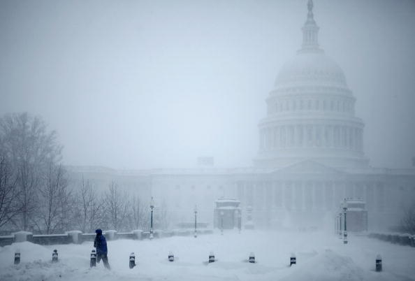 Snow「Second Snowstorm Slams Into Washington DC」:写真・画像(11)[壁紙.com]
