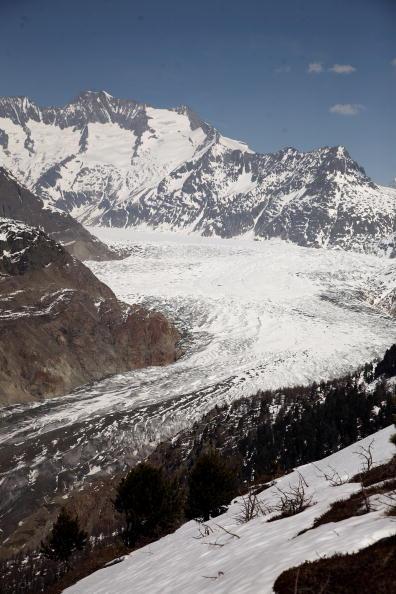 アレッチ氷河「Aletsch Glacier Retreat Continues」:写真・画像(14)[壁紙.com]