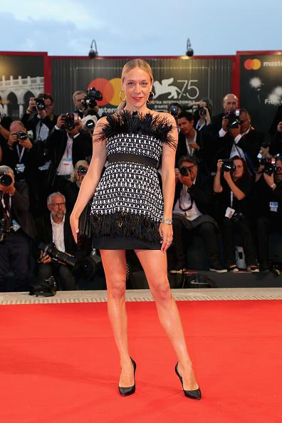 Chloe Sevigny「At Eternity's Gate Red Carpet Arrivals - 75th Venice Film Festival」:写真・画像(4)[壁紙.com]