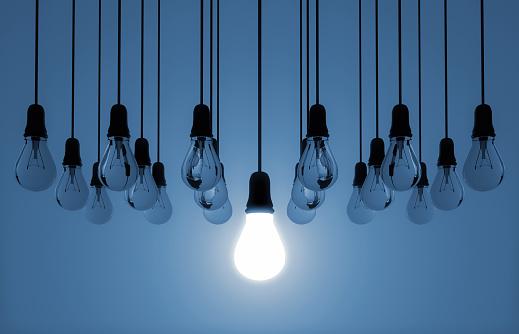 Decisions「hanging light bulb switched on」:スマホ壁紙(2)