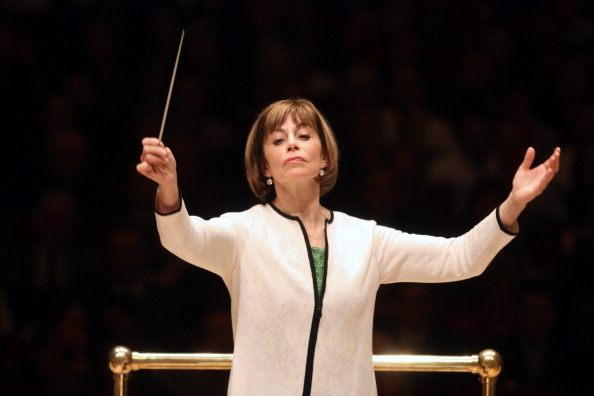 Musical Conductor「JoAnn Falletta」:写真・画像(17)[壁紙.com]