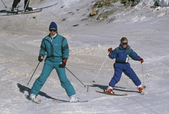 Ski Slope「Princess Anne And Zara Phillips」:写真・画像(6)[壁紙.com]