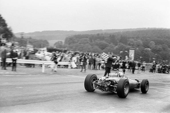 Spa「John Surtees, Grand Prix Of Belgium」:写真・画像(9)[壁紙.com]
