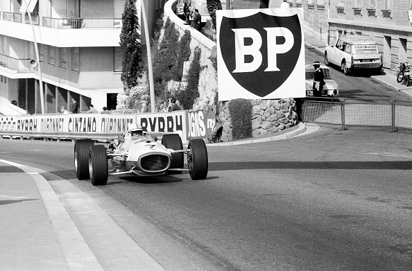 Auto Racing「Surtees At Sainte Devote」:写真・画像(8)[壁紙.com]