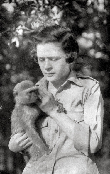 Tame「Stella Court Treatt and her monkey Kima, Dodoma to Mongalla, East Africa, 1925 (1927). Artist: Thomas A Glover」:写真・画像(14)[壁紙.com]