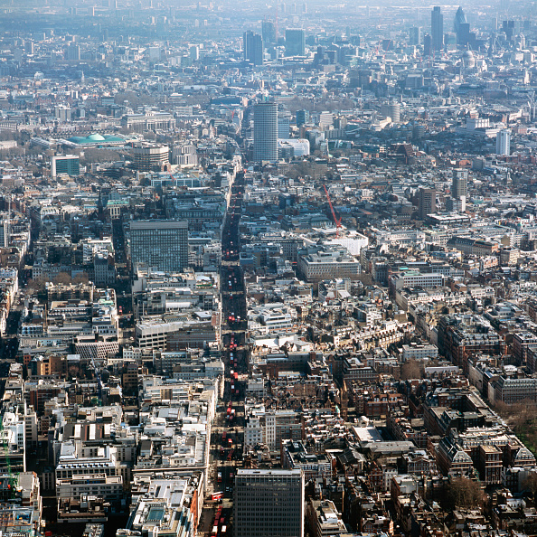 Oxford Street「Oxford Street looking East towards the City, London, UK」:写真・画像(8)[壁紙.com]