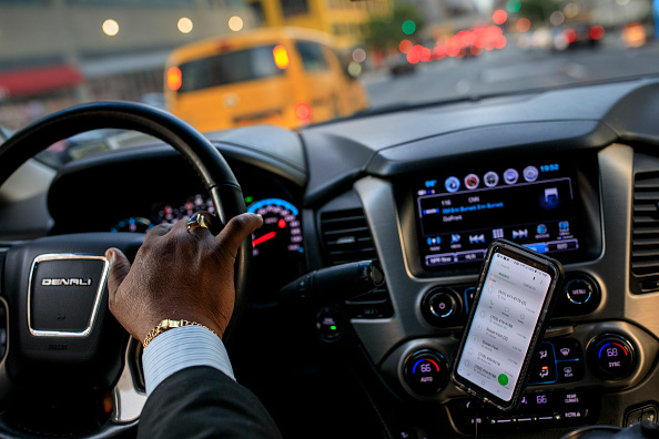 Driving「Drivers Claim Victory As NYC Becomes First US To Cap For-Hire Vehicles」:写真・画像(1)[壁紙.com]