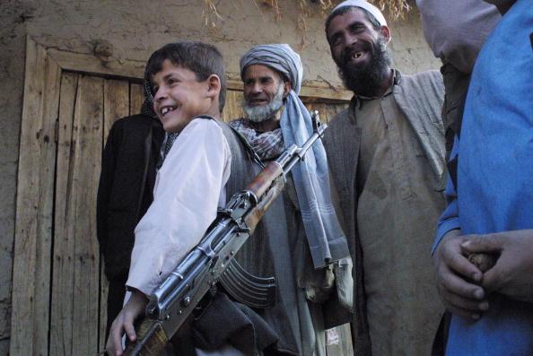 Kabul「Afghan Northern Alliance Fighters Hold Ground」:写真・画像(15)[壁紙.com]