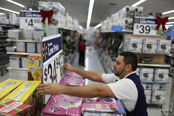 店「Wal-Mart Prepares For Black Friday Shopping Rush」:写真・画像(6)[壁紙.com]
