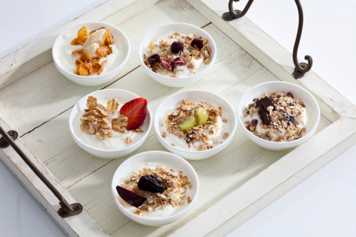 Bowl「Bowls of yogurt with muesli and fruits on wooden tray」:スマホ壁紙(4)