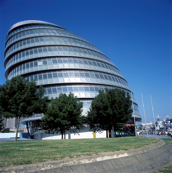 Grass Family「City Hall, Greater London Authority, GLA Building, by Tower Bridge, South Bank, Southwark, London, United Kingdom. Architects Norman Foster and Partners. Engineers Arup.」:写真・画像(5)[壁紙.com]