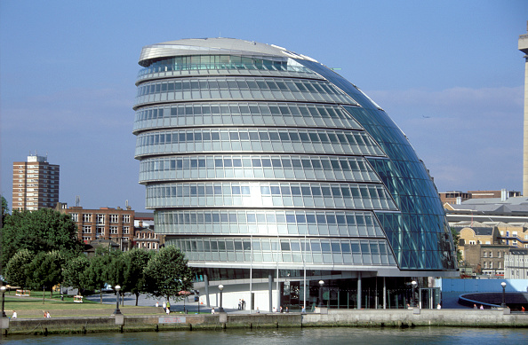 2002「City Hall. Greater London Authority. GLA Building by Tower Bridge, South Bank, Southwark, London, United Kingdom. Architects Norman Foster and Partners. Engineers Arup.」:写真・画像(19)[壁紙.com]