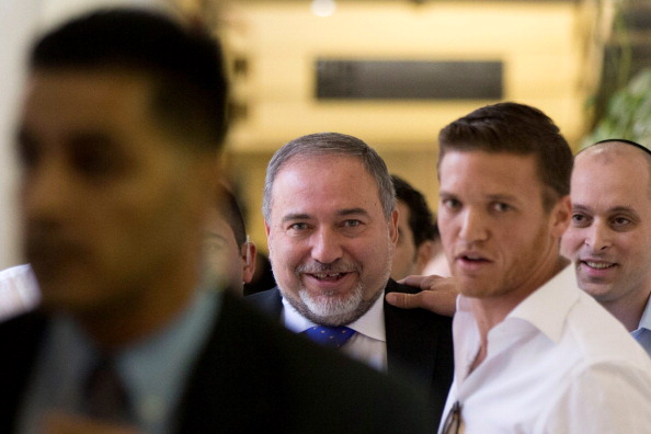 White Collar Crime「Former Foreign Minister Avigdor Lieberman Acquitted Of Charges Of Fraud And Breach Of Trust」:写真・画像(7)[壁紙.com]