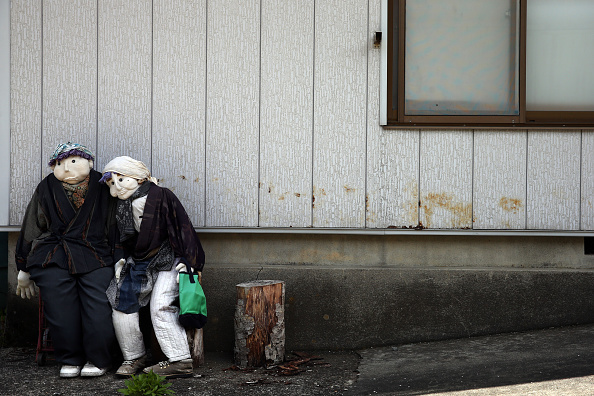 Abandoned「Dolls Replace People In Japan's Aging Town」:写真・画像(3)[壁紙.com]