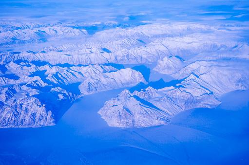 Beauty In Nature「グリーンランドのフィヨルドと空気からの山々」:スマホ壁紙(0)