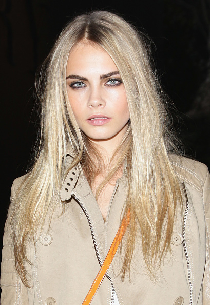 Straight Hair「Burberry Prorsum: Milan Fashion Week Menswear A/W 2011」:写真・画像(11)[壁紙.com]