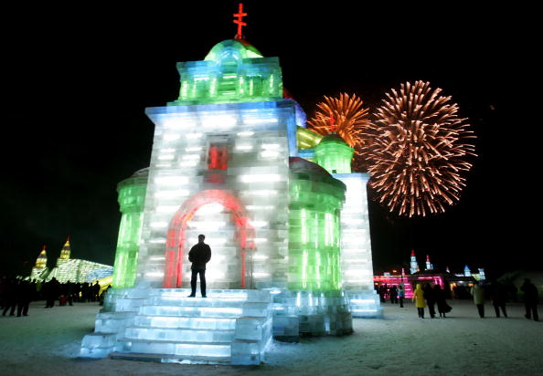 Ice Sculpture「Annual Ice Festival Opens In Harbin」:写真・画像(3)[壁紙.com]