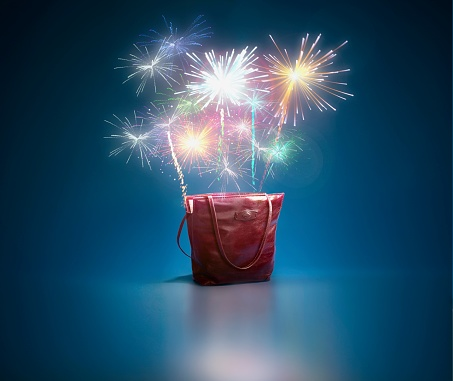 Multi Colored Purse「Fireworks ascending from tote bag」:スマホ壁紙(3)