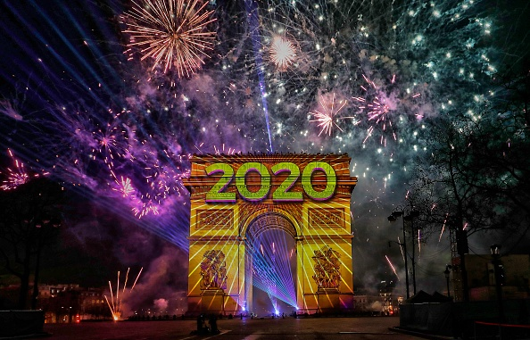 Arc de Triomphe - Paris「New Year Celebration In Paris」:写真・画像(14)[壁紙.com]