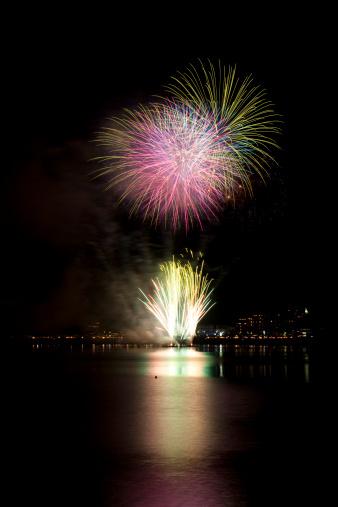 花火大会「Fireworks at Waterfront」:スマホ壁紙(9)