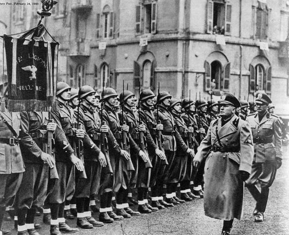 お祝い「Mussolini」:写真・画像(8)[壁紙.com]