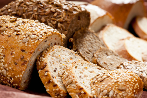 Loaf of Bread「Varieties of bread, close up」:スマホ壁紙(16)