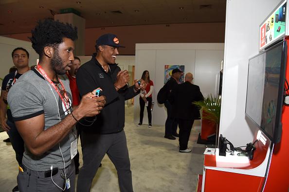 バスケットボール「Nintendo Hosts Celebrities At 2017 E3 Gaming Convention」:写真・画像(11)[壁紙.com]
