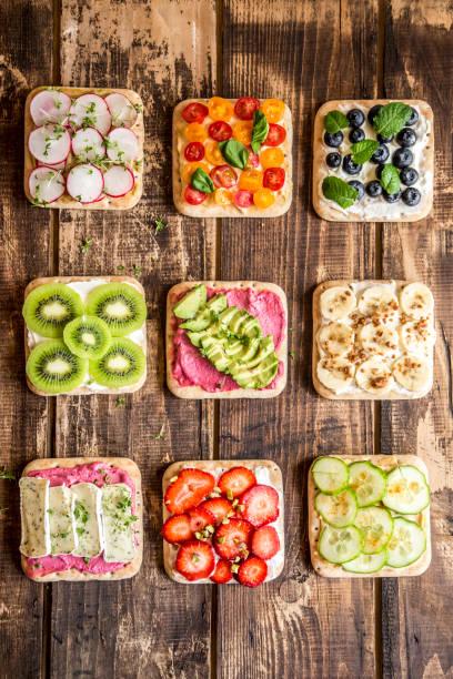 Various garnished sandwiches:スマホ壁紙(壁紙.com)