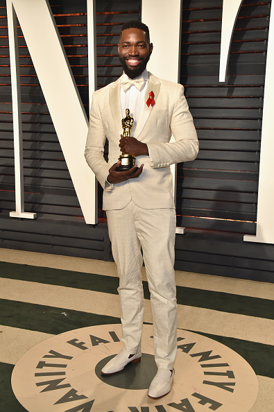 Tarell Alvin McCraney「2017 Vanity Fair Oscar Party Hosted By Graydon Carter - Arrivals」:写真・画像(5)[壁紙.com]