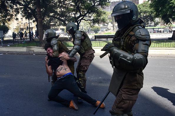 Santiago Metropolitan Region「International Women's Day Demonstrations In Santiago」:写真・画像(10)[壁紙.com]